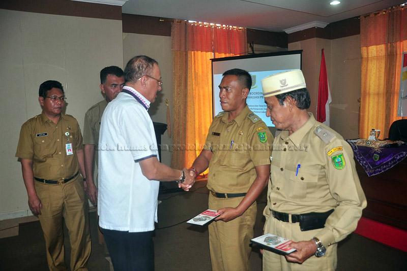Rapat Koordinasi Pembinaan dan Evaluasi Pemerintah Desa